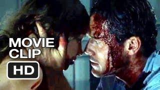 Trailer of No One Lives (2013)