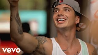 J Balvin   Tranquila (Official Video)
