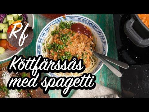Köttfärssås med spagetti - kanske Sveriges mest populära rätt att laga hemma - en riktig favorit. Här ett grundrecept.>
