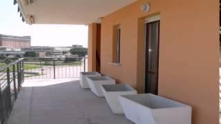 preview picture of video 'Appartamento in Vendita da Privato - Via delle Arti 13, Pomezia'