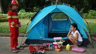 Trò Chơi Bé Tập Làm Lính Cứu Hỏa - Lều Trại Của Thùy Giang Bị Cháy ❤ Bé Minh MN Toys ❤