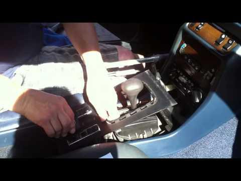 Mercedes-Benz W123 Flasher Relay Switch Installation