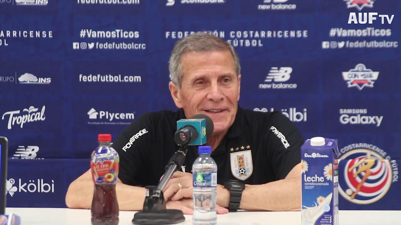 Costa Rica 1 - 2 Uruguay