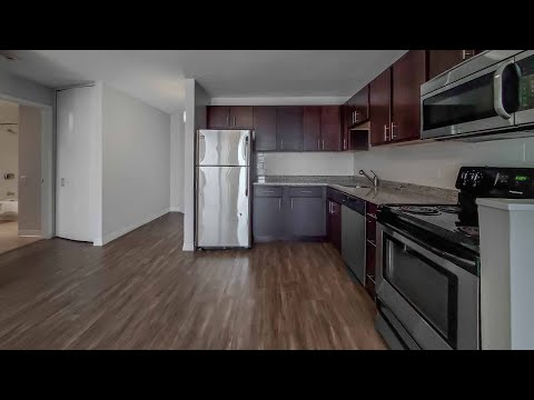A River North / Gold Coast D-plan 1-bedroom at Chestnut Place