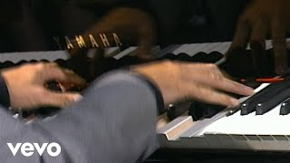 Bill & Gloria Gaither - We Shall Behold Him [Live]