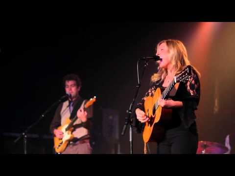 "Jeanne Jolly Live - ""Long Way Home"""