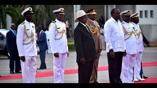 Uhuru, Museveni arrive in Mombasa - VIDEO