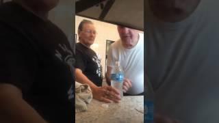Бабуля прикололась над своим дедом Приколы 2017. #приколы