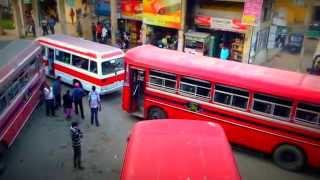 preview picture of video 'Sri Lanka - Nuwara Eliya bus station / Autobusák Nuwara Eliya - perličky z místní dopravy'