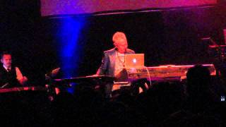 HOWARD JONES - Human's Lib (live L.A. Oct 14 2011)