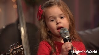 Viral Father-Daughter Duo Performs 'Let There Be Peace on Earth'