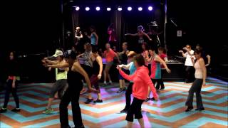 Zumba   Happy (from Despicable Me 2)   Pharrell Williams