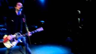 1915 (First ever performance) by Anti-Flag