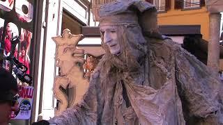 Firenze Guida Turistica Reppata incontra Dante Alighieri da 18 anni Artista da strada Statua vivente
