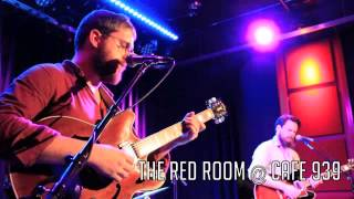 """Bear's Den performing """"Sahara"""" at the Red Room @ Cafe 939"""