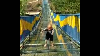 Midget makes the climb