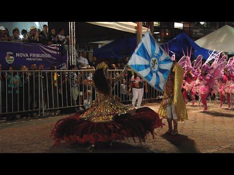 Veja como foi o desfile da escola de samba do Grupo Especial Alunos do Samba