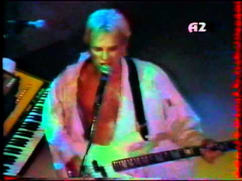 The Police - Walking In Your Footsteps (live in Montreal '83)