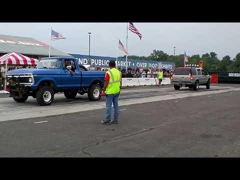 GMC vs Ford Truck Tug Of War