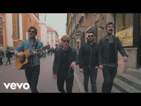 Kodaline – Brother (Acoustic from streets of Warsaw)