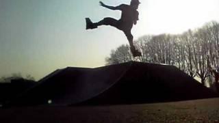 preview picture of video 'Skate park de soissons by j-c (bmx)'