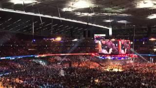 UFC 193 - Crowds reaction to Ronda Rousey head kick knockout!