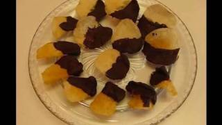 Bettys Sweet And Salty Chocolate-Dipped Potato Chips