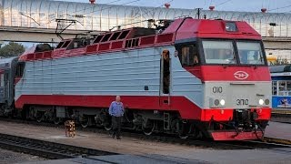 В кабине электровоза ЭП10-010 с поездом №45 Воронеж - Москва