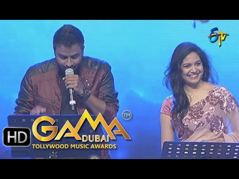 Em-Sandeham-Ledu-Song-Sunitha-Hemachandra-Performance-in-ETV-GAMA-Music-Awards-6th-March-2016-09-03-2016