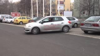 Jobbra, Hátra Parkolás