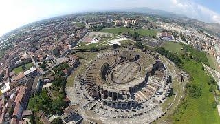 preview picture of video 'Anfiteatro Campano di Santa Maria Capua Vetere (CE) in stato di degrado.'