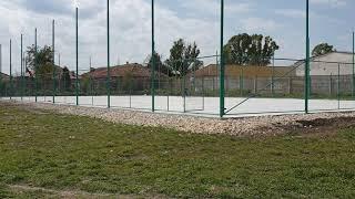 Continua lucrarile de constructie a unor terenuri de sport in Lumina
