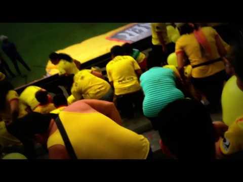 """Sur oscura 2016 goleada del Barcelona 5 a 0 a ligay .. Yo te daré te daré liga puta ...."" Barra: Sur Oscura • Club: Barcelona Sporting Club"