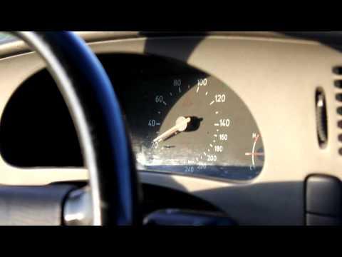 Das minderwertige Benzin auf der Auftankung