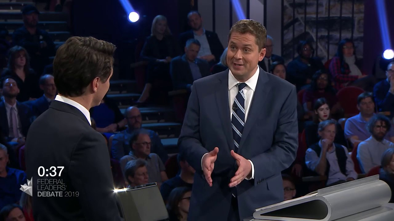 Andrew Scheer answers a question about pollution