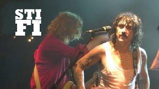 STICKY FINGERS   RUM RAGE (Live Le Trabendo   Paris)