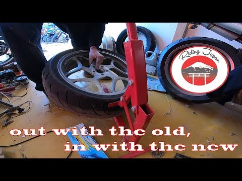 #208 Changing tires, Bmw F800 ST tire change