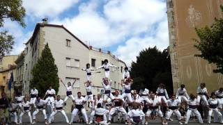 preview picture of video 'Falcons de Capellades - serra - acrobatic human towers from Penedès, Catalonia'