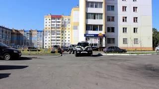 Шикарный кортеж на свадьбу больших джипов Тойота Лэнд Крузер 200. (www.auto454.ru)