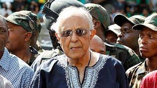 В ЮАР умер борец с апартеидом Ахмед Катрада