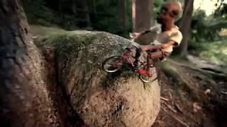 Na kole se jezdí jen po vyznačených stezkách