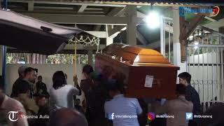 Momen ketika Presiden Joko Widodo Melayat ke Rumah Adik Iparnya di Solo