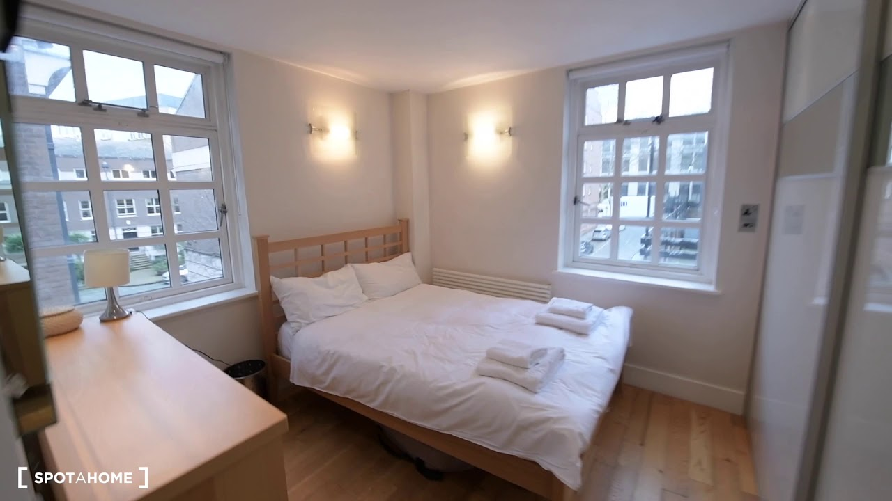 Relaxing 2-bedroom flat to rent near Charles Dickens Museum in Islington