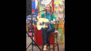 Chely Wright - Emma Jean's Guitar (Live at Borders San Diego)