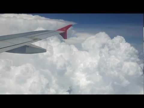لحظة تأمل فوق السحب .. تستحق المشاهدة