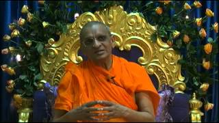 preview picture of video 'Arusha Vicharan Swamishree Ashirwad - 06--01-2014'