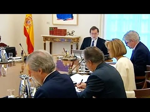 Spanish Prime Minister announces plans to curb powers of Catalan gov't