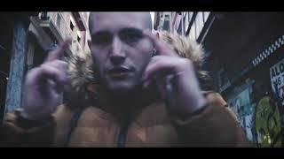 Ékaín LaBrule X Skinny River - VACILON (Videoclip Oficial) Prod. HOMAGE