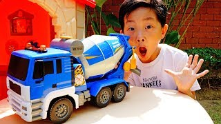 Mixer Truck Car Toy Pretend Play Video for Kids Power Wheels Construction Vehicles for Children