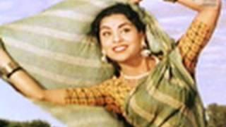 Ghunghat Nahin Kholoongi Saiyan (Video Song) | Mother